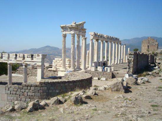 The Acropolis - Bergama Antik Kenti Akropol, Bergama Resmi ...