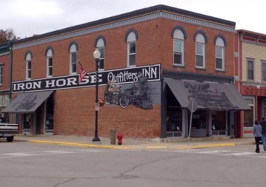Iron Horse Outfitters and Inn
