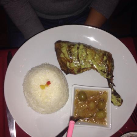Teranga Bar Restaurant : Des plats délicieux  Un vaste choix Un service super Bref allez y