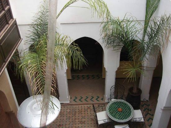 Riad Nerja: El patio desde la habitación