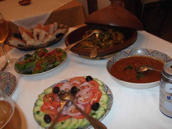 Riad Nerja: Una de las cenas