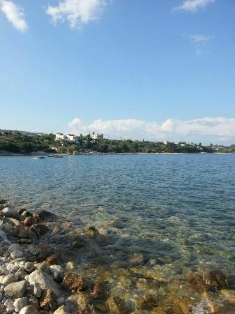 Iris Apartments: Chrani beach