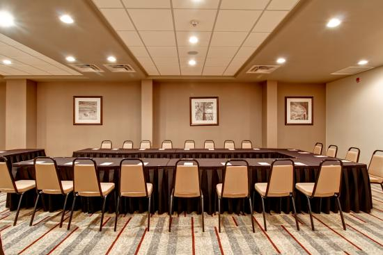 DoubleTree by Hilton Hotel Kamloops: Yellowhead Meeting Room