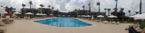 Jacaranda Club & Resort: территория LUX