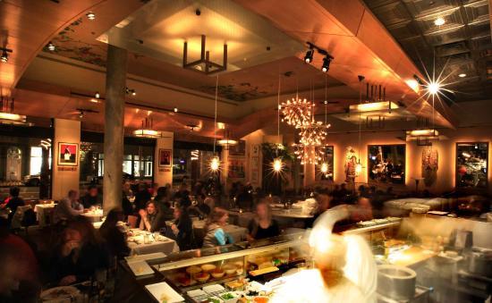 Chaya Venice : Dining Room (night)