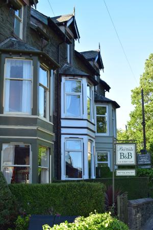 Burnside B&B : great location, right on the edge of town