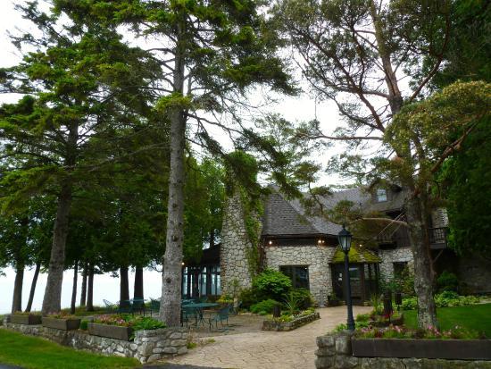 Donny's Glidden Lodge: Front of restaurant