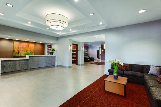 Englewood, CO: Lobby
