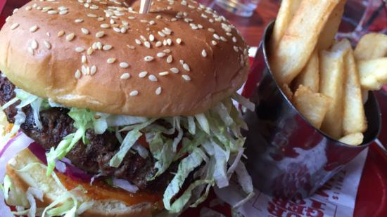 Red Robin Gourmet Burgers: Burger at Red Robin