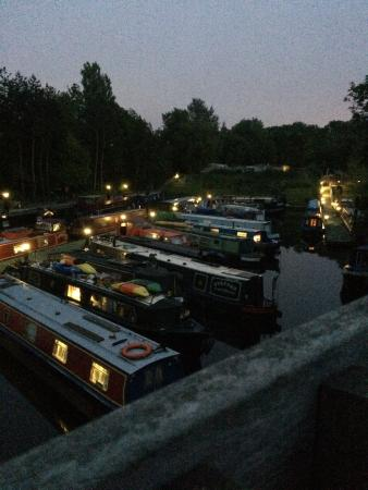 Bath Marina and Caravan Park: Bath Marina at night