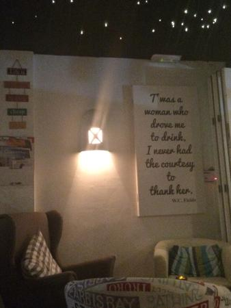 Lounge Bar: photo0.jpg