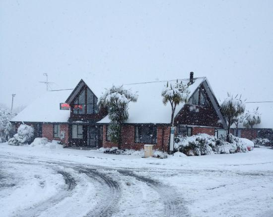 Snow Denn Lodge