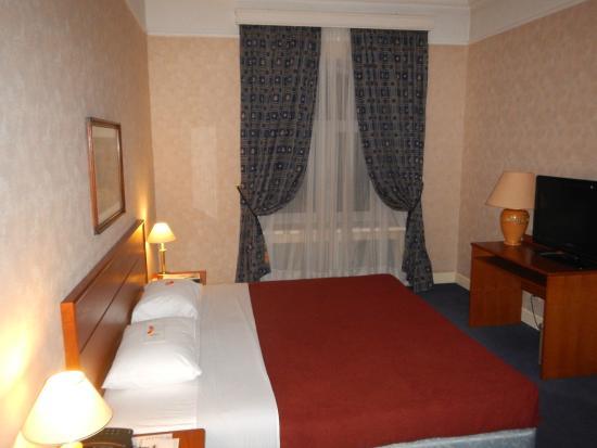 Grand Hotel Ukraine: Спальня