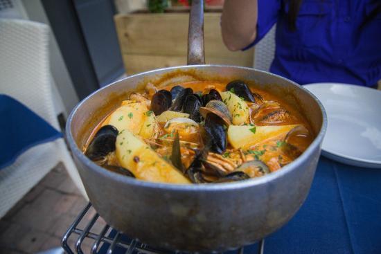 L'Alcalde - L'Ecailler : Ttoro, Basque fish stew, delicious!!!