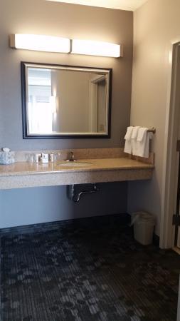 Courtyard Gettysburg: Bath area