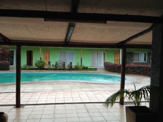 Hotel Manutara: piscina