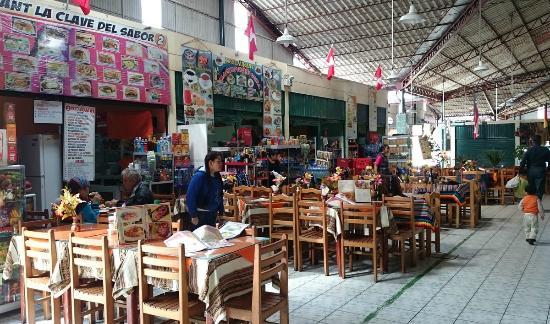 Pequenos Restaurantes Dentro Do Centro Picture Of Centro