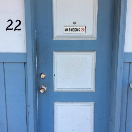 Kootenai Valley Motel Door to room. Needs painting & Door to room. Needs painting - Picture of Kootenai Valley Motel ...