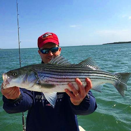 High hook charter fishing plymouth ma anmeldelser for Fishing charters plymouth ma