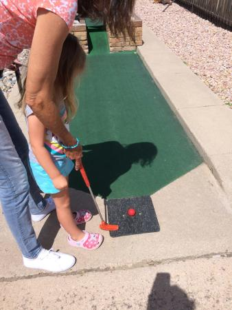 Hitt's Miniature Golf