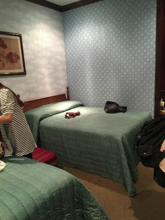 Hotel 17: 床