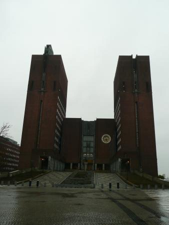 P-Hotels Oslo : Oslo City Hall is a must see