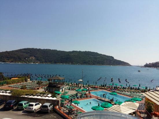 La piscina - Foto di Residence Le Terrazze, Porto Venere - TripAdvisor