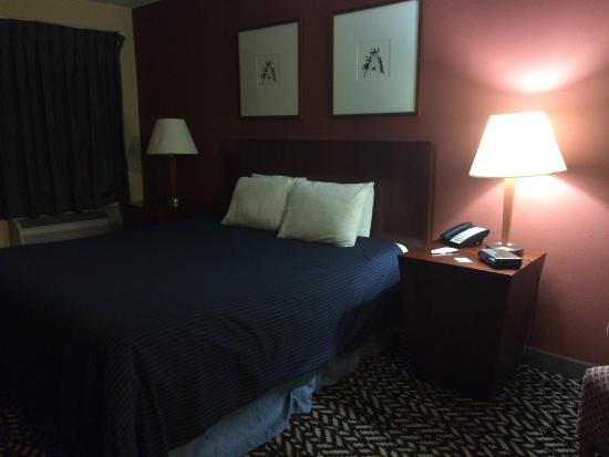 มอร์ตัน, อิลลินอยส์: My room!!!