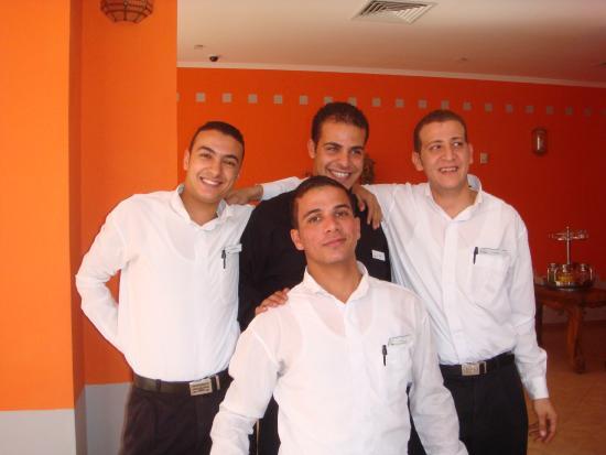 Domina Coral Bay Prestige Hotel: Лучший персонал в Домине - персонал ресторана Плезир