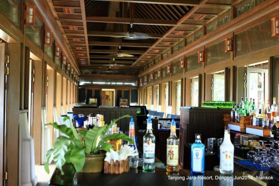 Tanjong Jara Resort: the nelayan restaurant