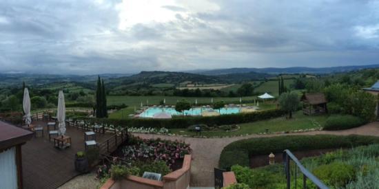 Saturnia Tuscany Hotel: Panorama