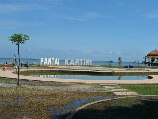 Pantai Kartini, Sandless beach  Picture of Kartini Beach, Jepara  TripAdvisor