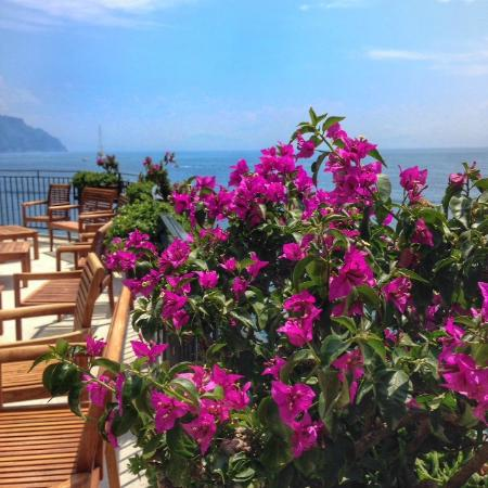 Santa Caterina Hotel: Views from the breakfast area