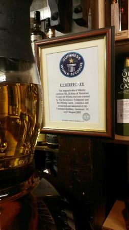 Whisky Castle : Guiness World Record - Certifiable :)
