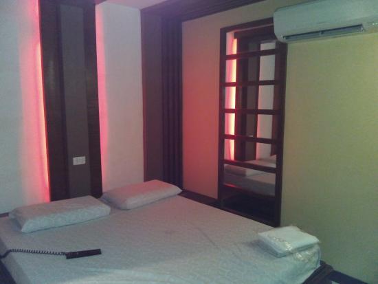 Photo of Hotel Sogo - Pasay, Rotonda