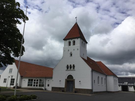 Bangsbostrand Kirke