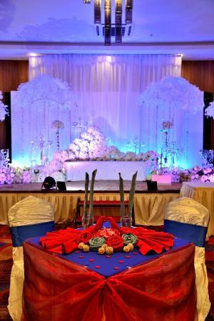 Wedding set up picture of likas square apartment hotel kota likas square apartment hotel wedding set up junglespirit Images