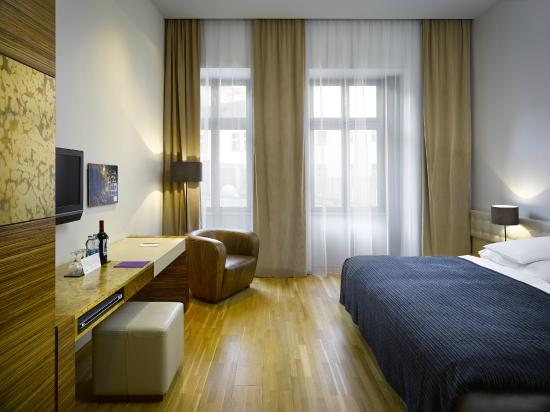 Icon foto di the icon hotel lounge praga tripadvisor for Design hotel jewel prague tripadvisor