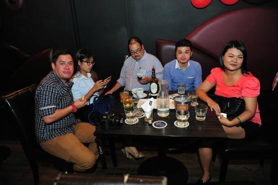 51 Restaurant & Bar