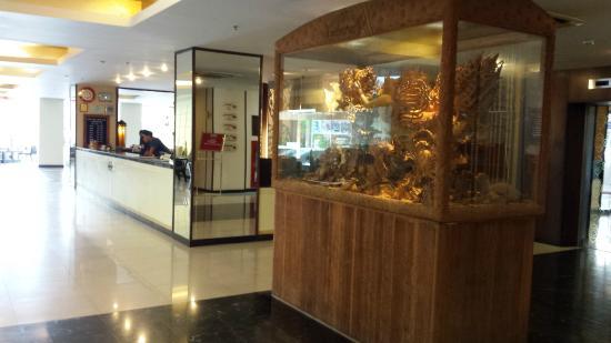 Maninarakorn Hotel: recepcion