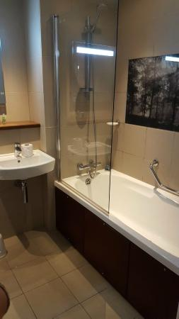 Center Parcs Whinfell Forest Modern And Clean Bathroom