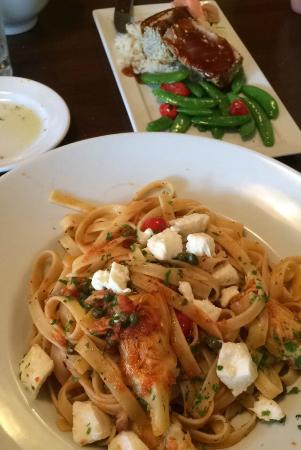 Twisted Olive : Fettuccine and tune