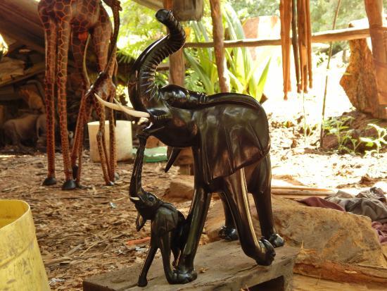 Akamba Handicraft: Einzigartige Arbeit