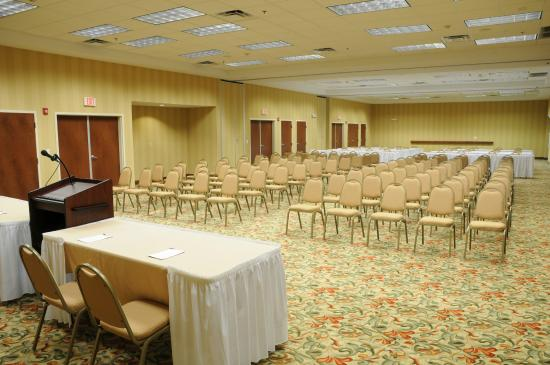 Hampton Inn & Suites Southern Pines-Pinehurst: Meeting Room