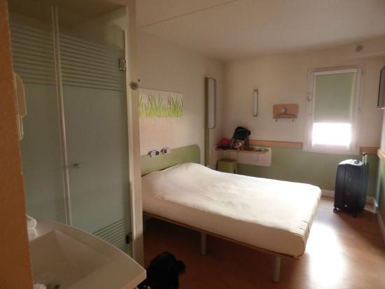 Ibis Budget Toulon Centre: *