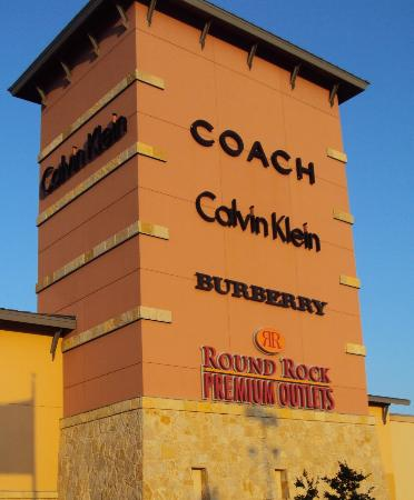 round rock premium picture of round rock premium outlets round rock tripadvisor. Black Bedroom Furniture Sets. Home Design Ideas