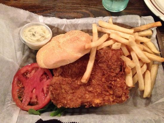 Dillon's Pub and Grill: The best grouper sandwhich !