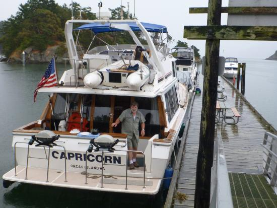 Eastsound, WA: The Capricorn and Captain Robin