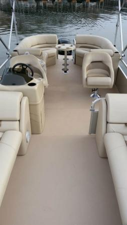 Adventure Boat Rentals: The interior of the SS250 features 4 loungers and a lot of room