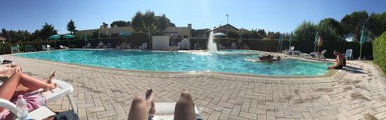 Hotel Residence La Ventola : Bella piscina... Molto rilassante! Possibilità di prendere da mangiare al ristorante vicino e ma
